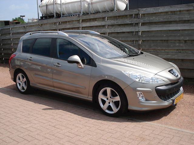 Peugeot 308 SW 1.6 THP Signature 7 Persoons