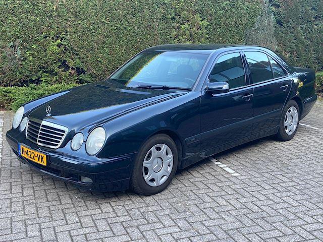 Mercedes-Benz E-klasse 200 CDI Classic Aut Airco Sedan