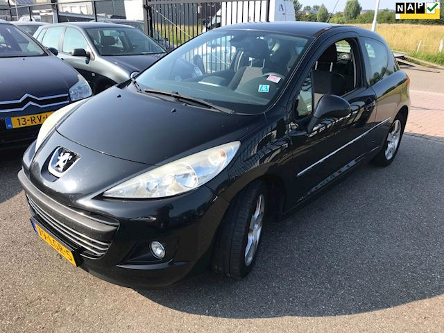 Peugeot 207 1.6 VTi Première Euro5 Info:0655357043