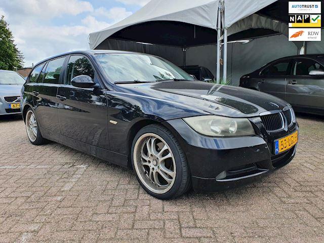 BMW 3-serie Touring 320d AUTOMAAT/navi/CRUISE