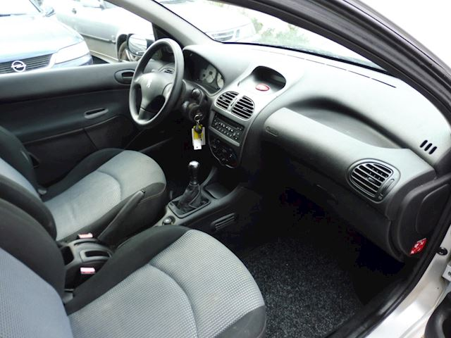 Peugeot 206 1.4 Air-line/bj2005/airco/117574km/nap