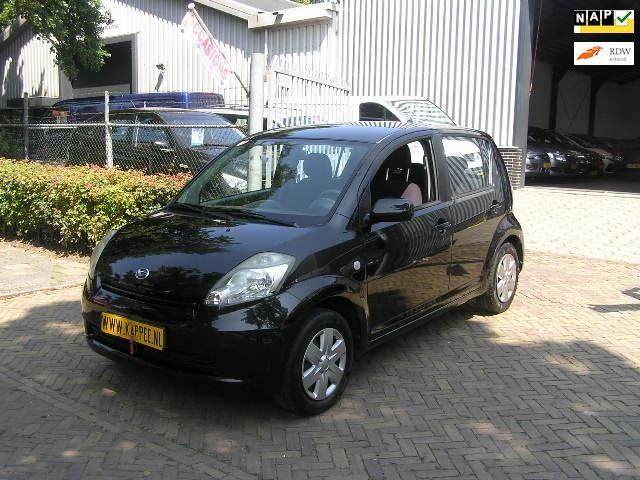 Daihatsu Sirion 2 occasion - Autobedrijf Kappee