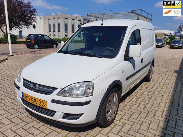 Opel Combo 1.3 CDTi Comfort met airco en trekhaak!