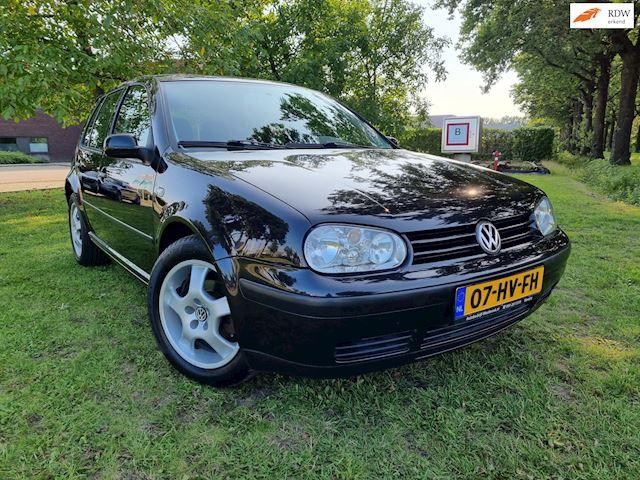 Volkswagen Golf 1.6-16V Trendline 5DRS AIRCO