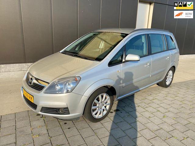 Opel Zafira 2.2 Temptation 7 persoons
