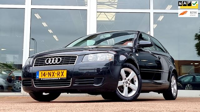 Audi A3 1.6i Attraction 3e Eigenaar IJskoude Clima Rijdt zeer goed! Trekhaak
