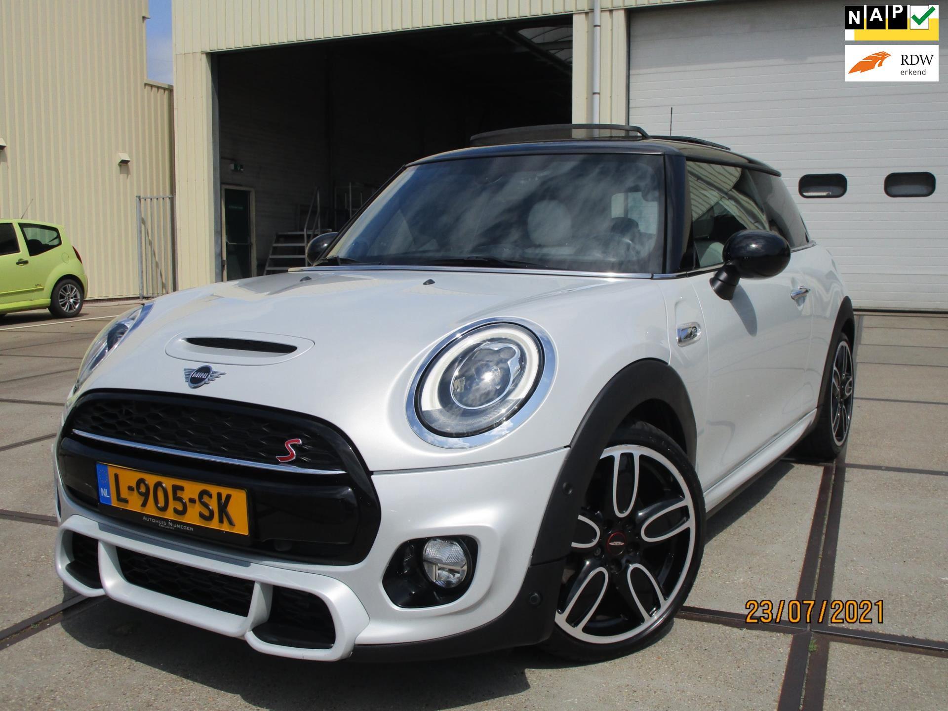 Mini Mini occasion - Autobedrijf W. Cornelissen