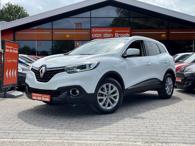 Renault Kadjar 1.2 TCe Bose 131PK Navi Climate Cruise Ctr Pdc Led-Dag Rij Verlichting Nieuwe Apk