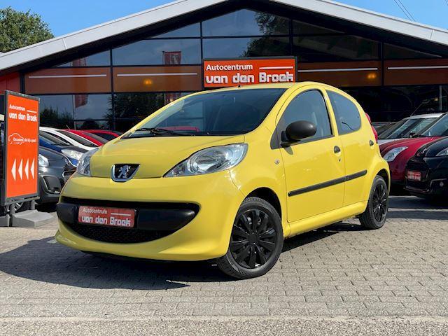 Peugeot 107 1.0-12V XS 5Drs Nieuwe Apk