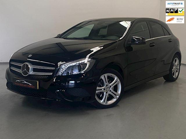 Mercedes-Benz A-klasse 180 Ambition / Navi / NL Auto / Xenon