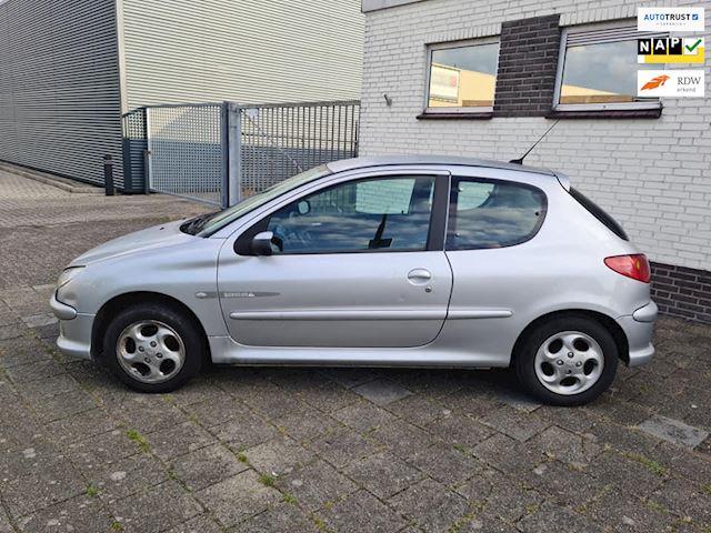 Peugeot 206 occasion - Wouw Car Repair