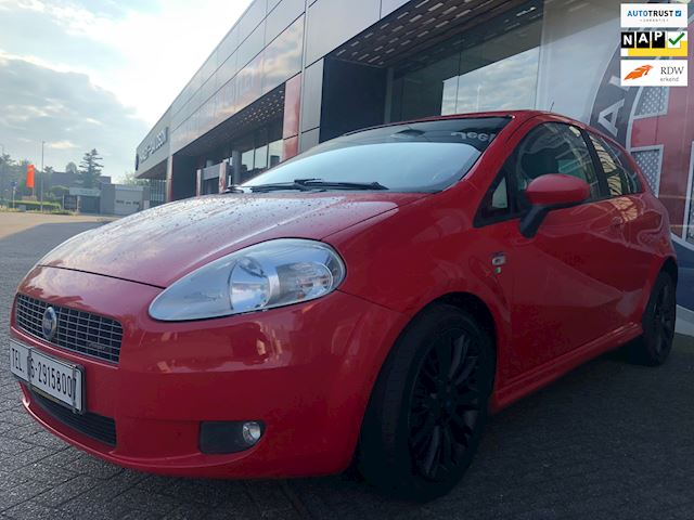 Fiat Grande Punto 1.4-16V Sport  Red edition 6 bak airco ijs koud NAP