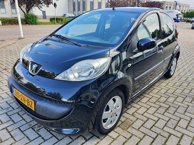Peugeot 107 1.0-12V XS Dealer onderhouden