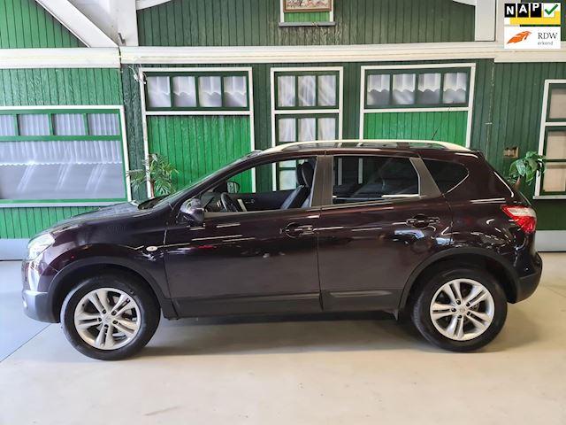 Nissan Qashqai 1.6 Connect Edition / top onderhouden