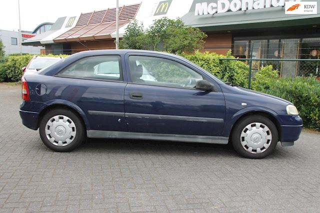 Opel Astra 1.2-16V GL Nieuwe Apk