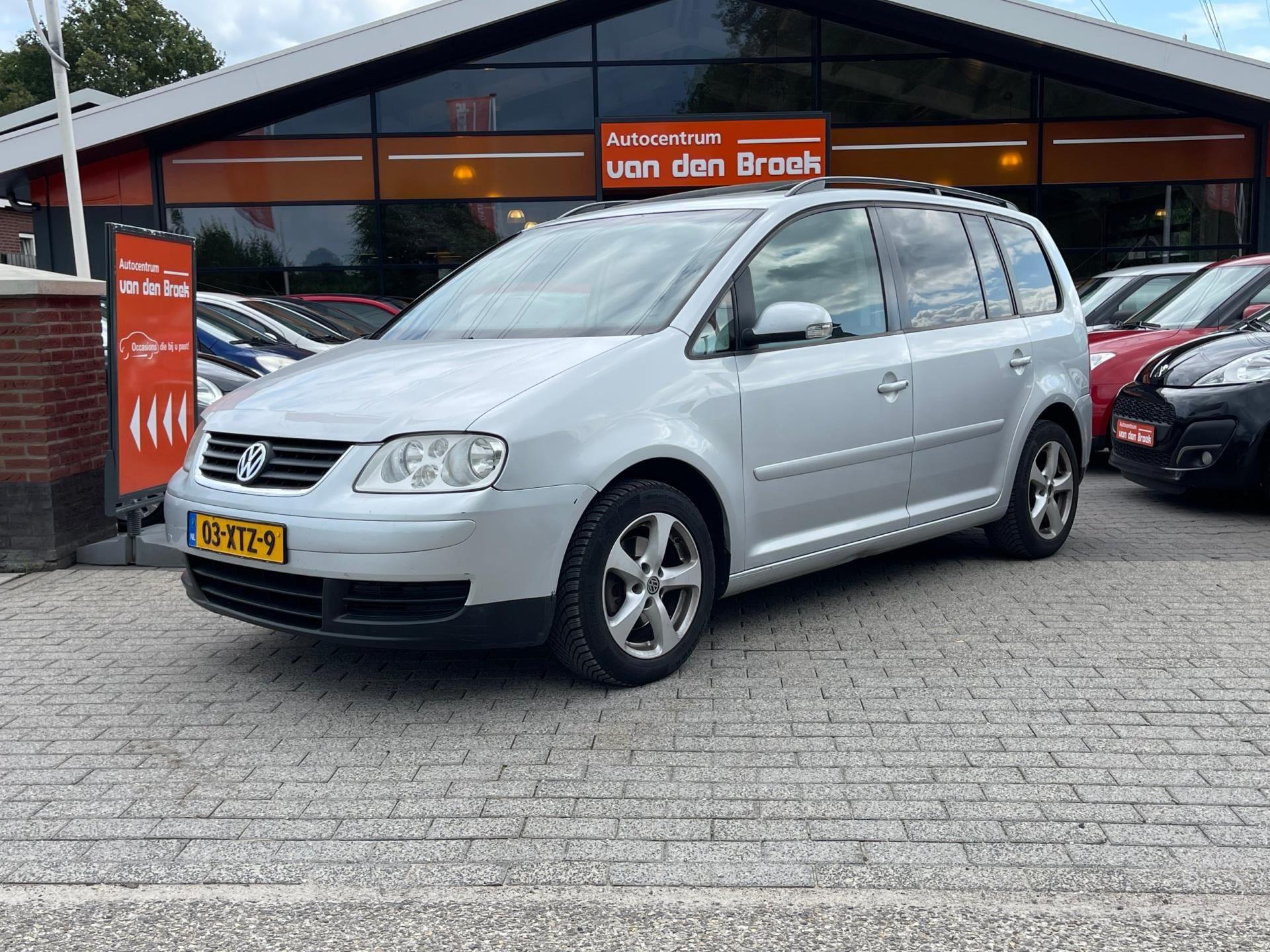 Volkswagen Touran occasion - AutoCentrum A. van Den Broek