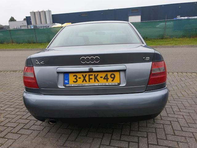 Audi A4 1.8 5V Comfort 4 deurs