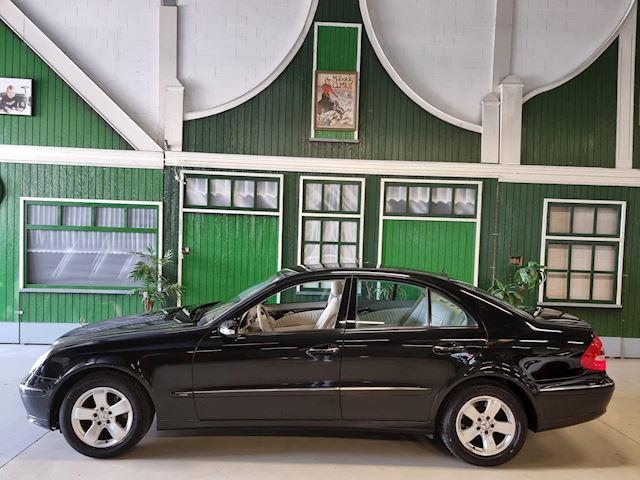 Mercedes-Benz E-klasse 240 Avantgarde / LPG / Youngtimer / Pano schuifdak / Goed onderhouden