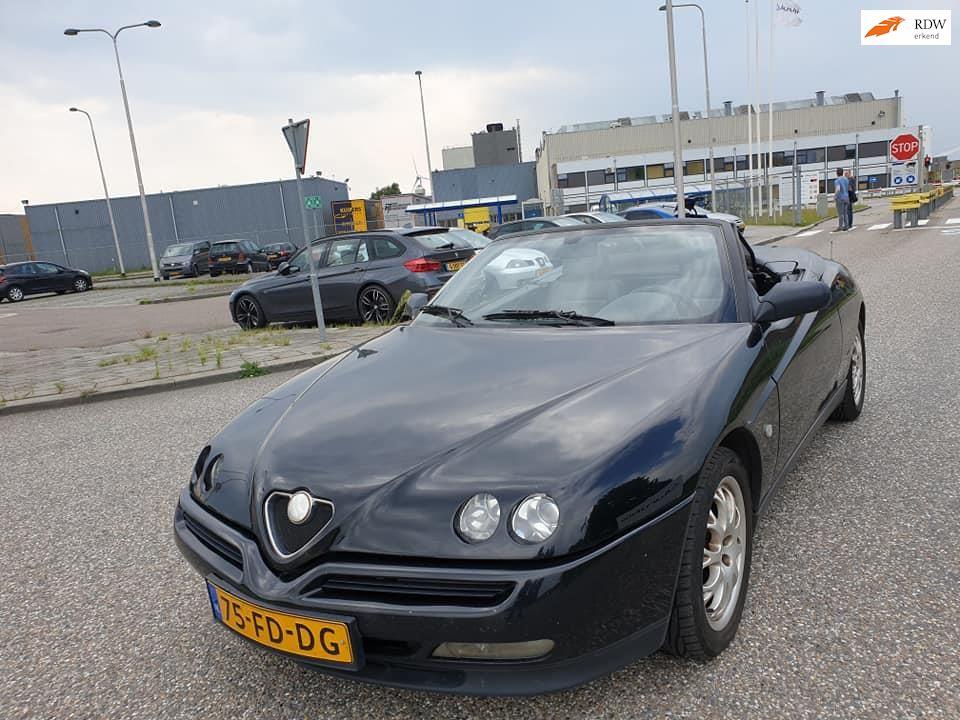 Alfa Romeo Spider occasion - Gelderland Cars B.V.Zutphen