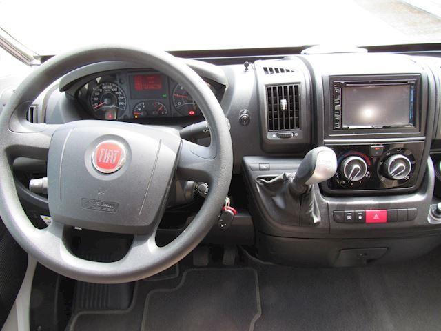 Rapido 640 Semi-integraal Queensbed Fiat 150PK Automaat 2015