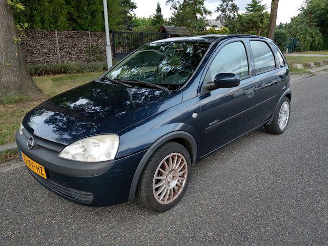 Opel Corsa 1.2-16V Comfort 5 deurs, APK 08-2022