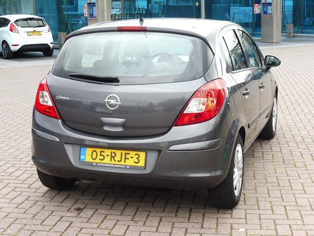 Opel Corsa 1.4-16V/automaat/2011/VERKOCHT