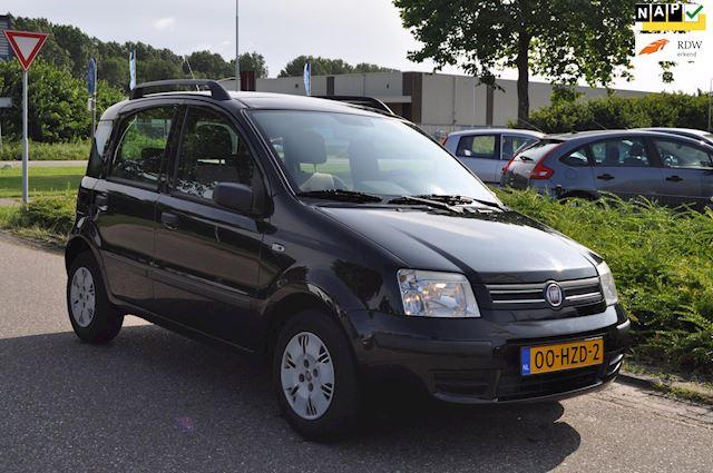 Fiat Panda 1.2i 5-DEURS/PANORAMADAK/STUURBEKRACHTIGING + CITY FUNCTIE/2e EIGENAAR/nieuwe APK/NAP 115.190 km/ZEER NETTE STAAT