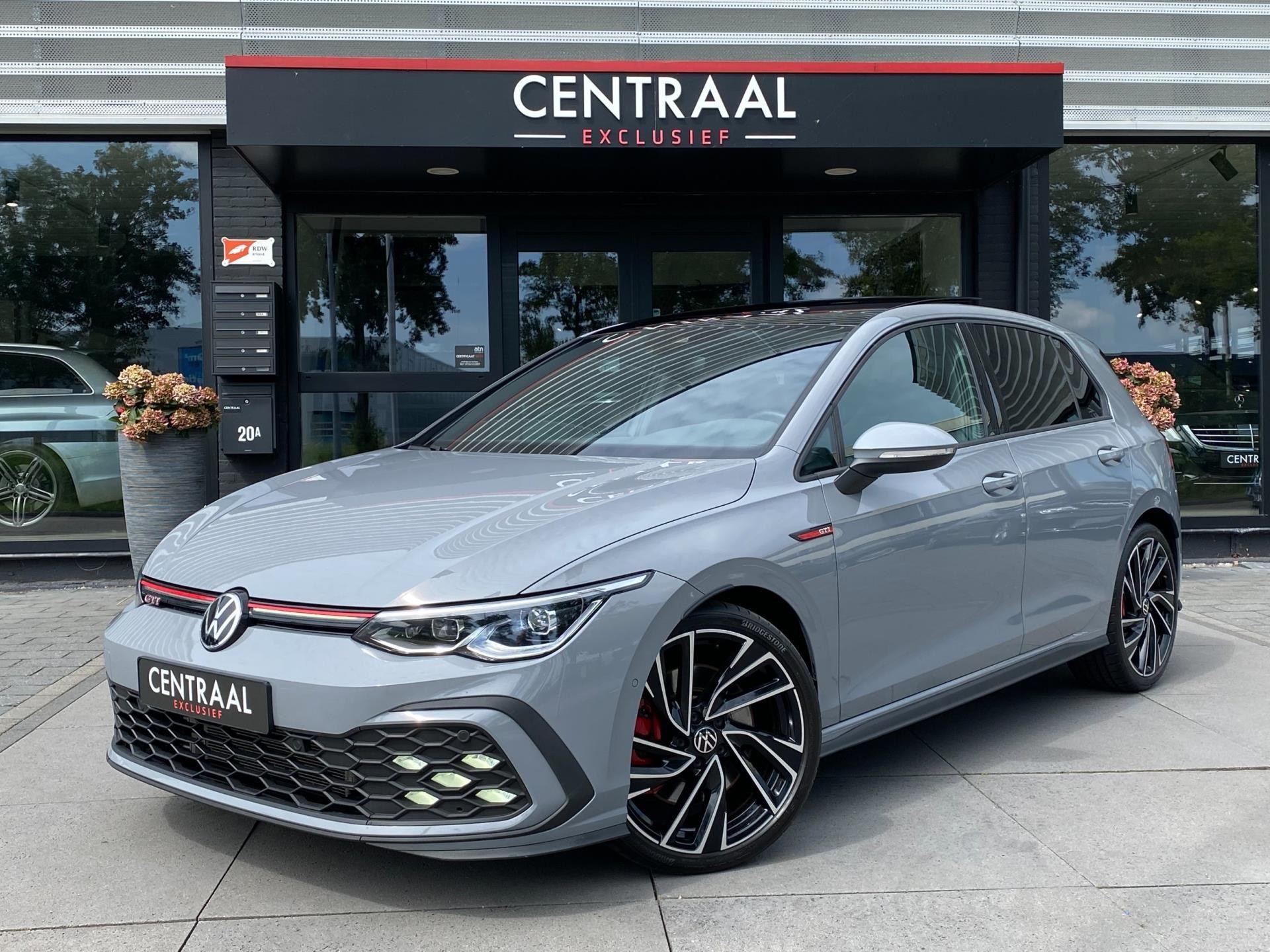 Volkswagen Golf occasion - Centraal Exclusief B.V.