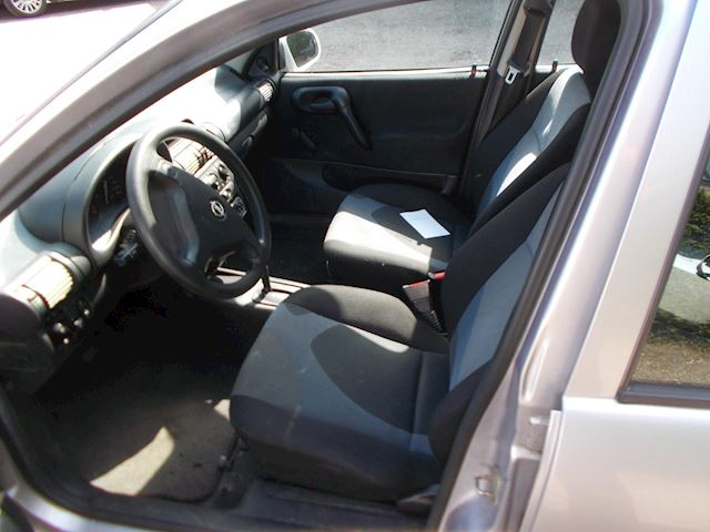 Opel Corsa 1.4i-16V Onyx automaat apk 3-01 2022