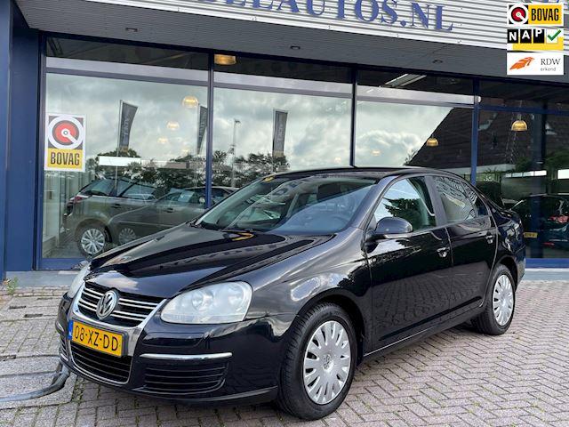 Volkswagen Jetta 1.6 Trendline Airco Cruise NL- Auto NAP Dealer onderhouden!