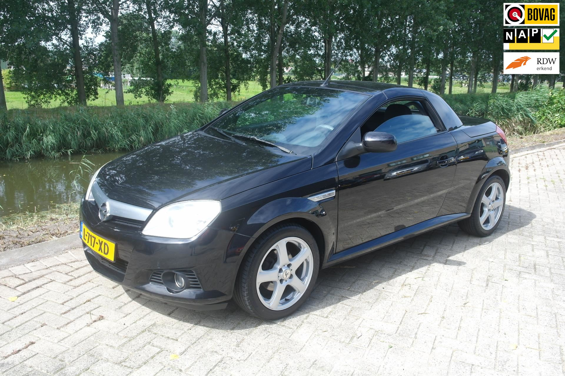 Opel Tigra TwinTop occasion - Wolters Autohandel