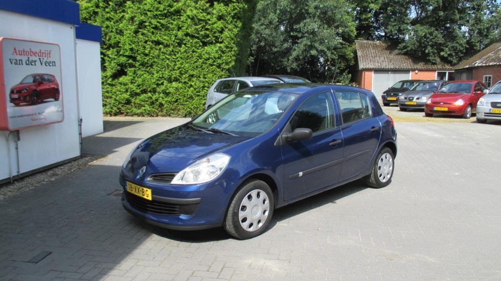 Renault Clio occasion - Autobedrijf van der Veen v.o.f.