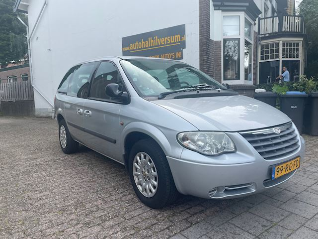 Chrysler Voyager occasion - Autohal Hilversum