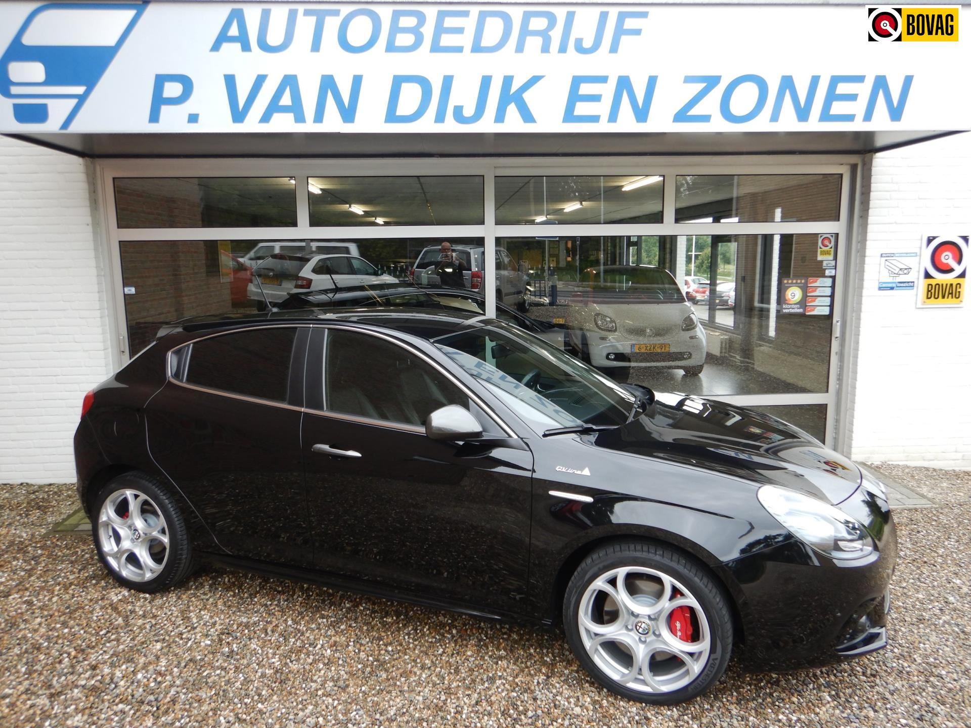 Alfa Romeo Giulietta occasion - Autobedrijf P. van Dijk en Zonen