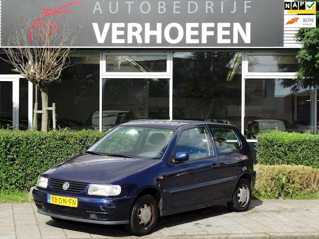 Volkswagen Polo 1.4 - AUTOMAAT - AIRCO - NAP KM STAND - ORGINEEL NL VOERTUIG
