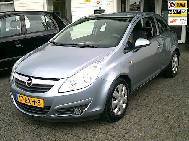 Opel Corsa 1.2-16V Enjoy AIRCO