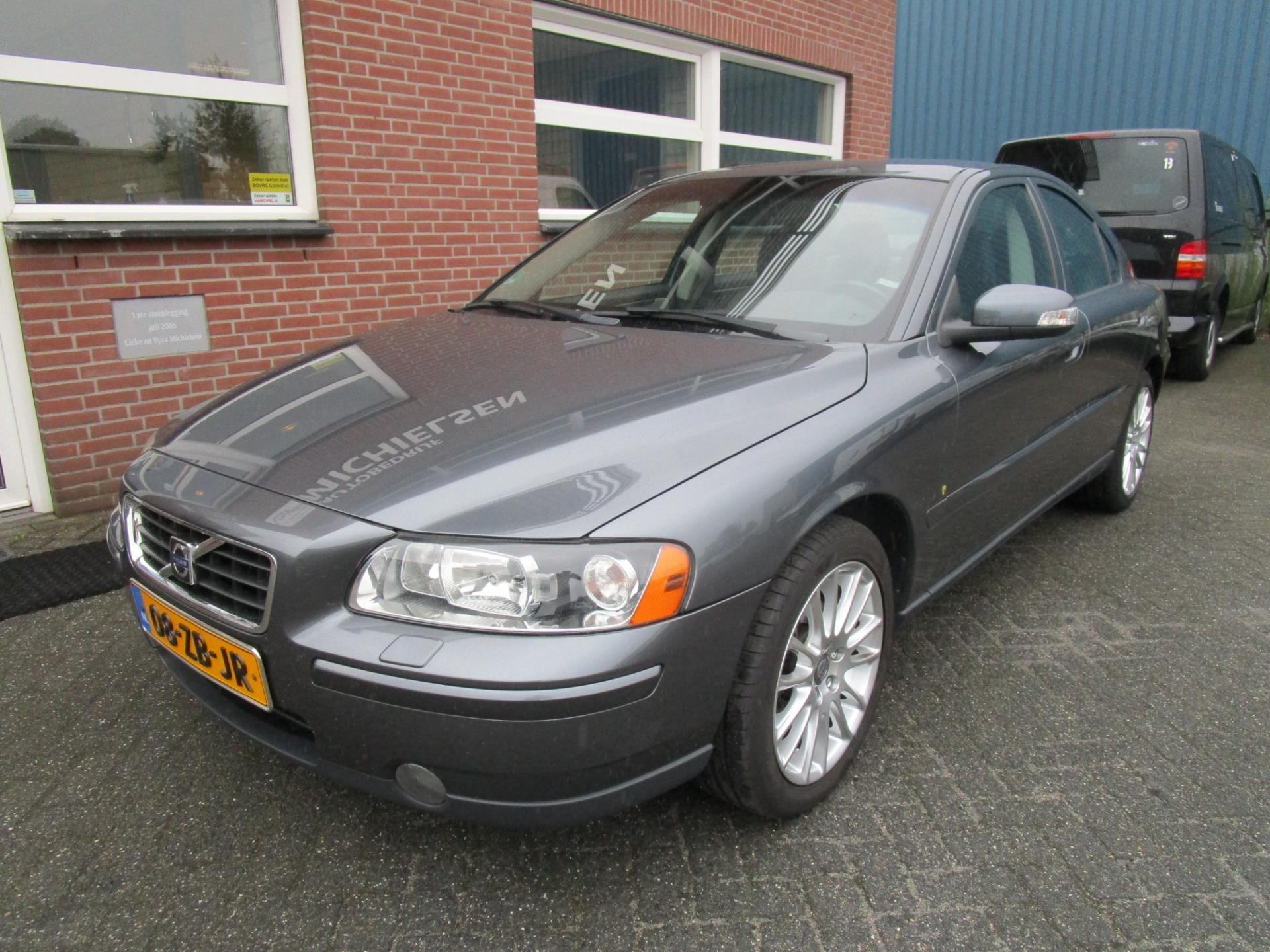 Volvo S60 occasion - Autobedrijf Michielsen