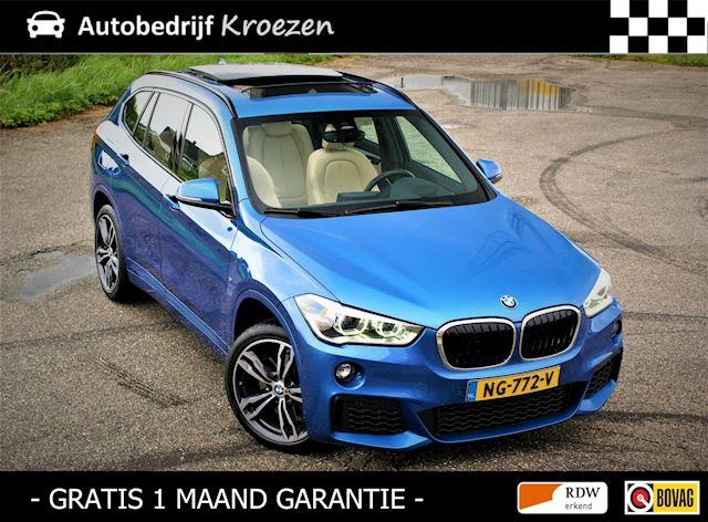 BMW X1 SDrive20i Centennial High Executive * M Pakket * Pano * Head-Up * Vol Opties *