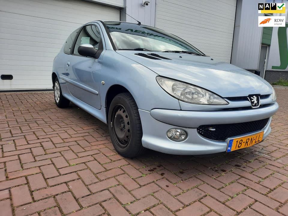 Peugeot 206 occasion - Handelsonderneming Schouten