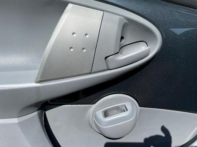 Peugeot 107 1.0-12V XS airco nieuwe apk mogelijk