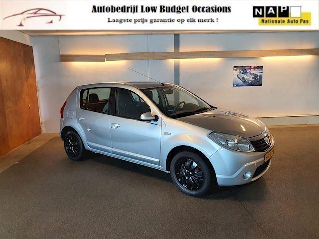 Dacia Sandero 1.6 Lauréate sport,Apk Nieuw,2e eigenaar,Airco,E-Ramen,N.A.P,Trekhaak,5Deurs,Topstaat!!