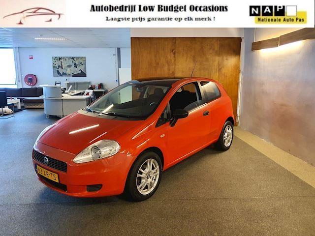Fiat Grande Punto 1.2 Active sport,Apk Nieuw,Airco,E-Ramen,N.A.P,Trekhaak,Lm velgen,Carkit,Topstaat!!
