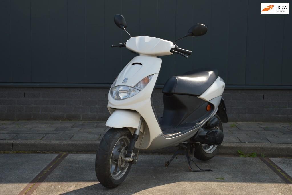 Peugeot Snorscooter occasion - van Est Trading