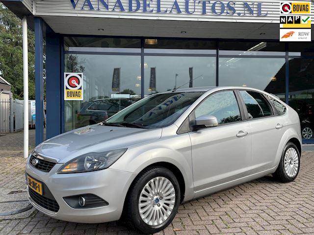 Ford Focus 1.8 Titanium Flexi Fuel Clima Cruise Parksens Trekhaak NL-Auto NAP Dealer Onderhouden!