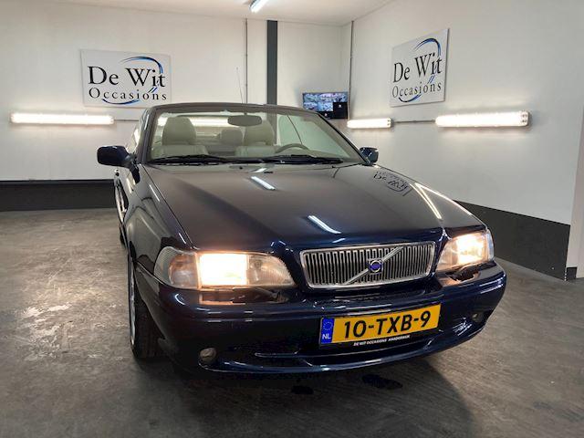 Volvo C70 Convertible 2.0 T Luxury Line AUTOMAAT. MOOIE YOUNTIMER met NWE APK/GARANTIE.