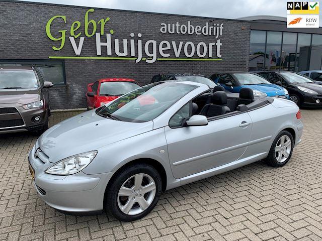Peugeot 307 CC 2.0-16V  ZEER NETTE AUTO