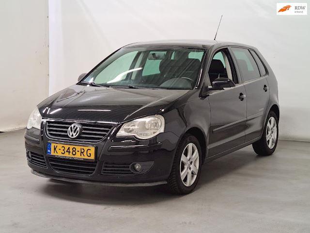 Volkswagen Polo 1.4-16V Trendline 5DEURS I AUTOMAAT I CRUISE I LM VELGEN I VERWARMDE  VOORSTOELEN