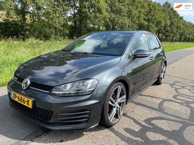 Volkswagen Golf occasion - Lakerveld Auto's