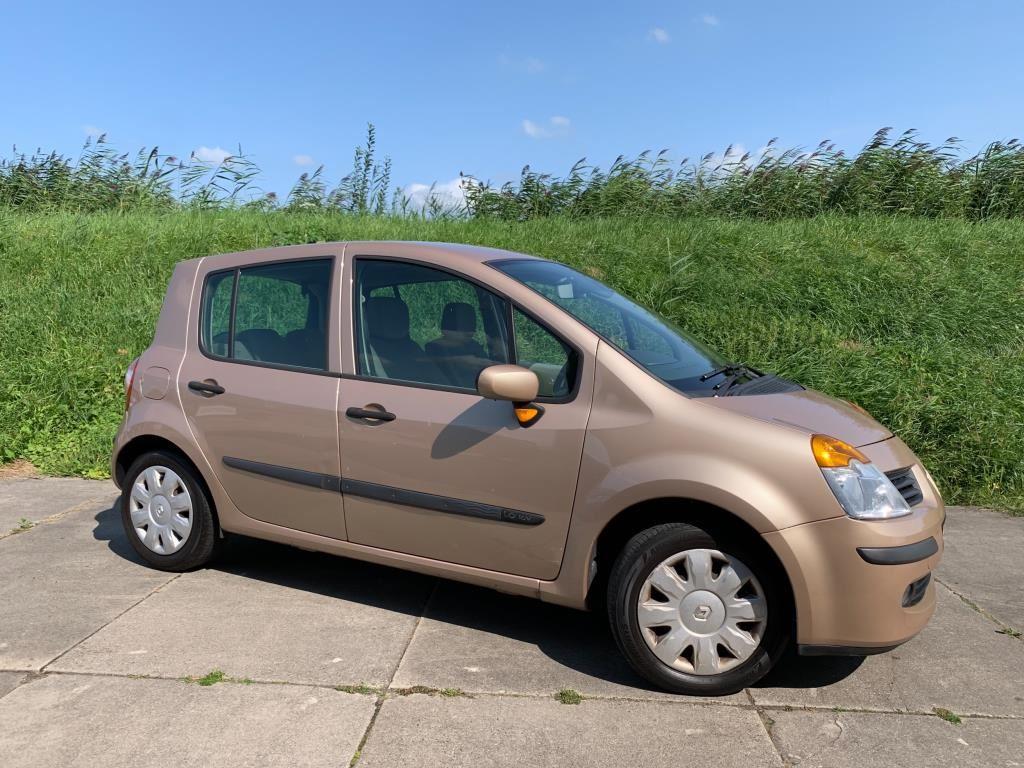 Renault Modus occasion - Autobedrijf Dorp