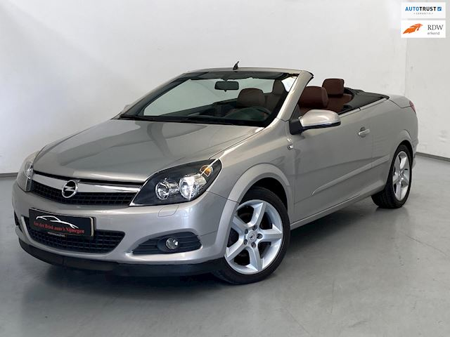 Opel Astra TwinTop 1.6 Cosmo / Airco / Cabriolet / Leder
